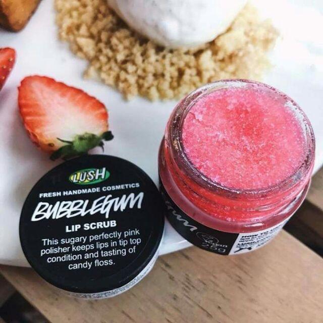 Kết quả hình ảnh cho tẩy tế bào chết môi lush bubblegum