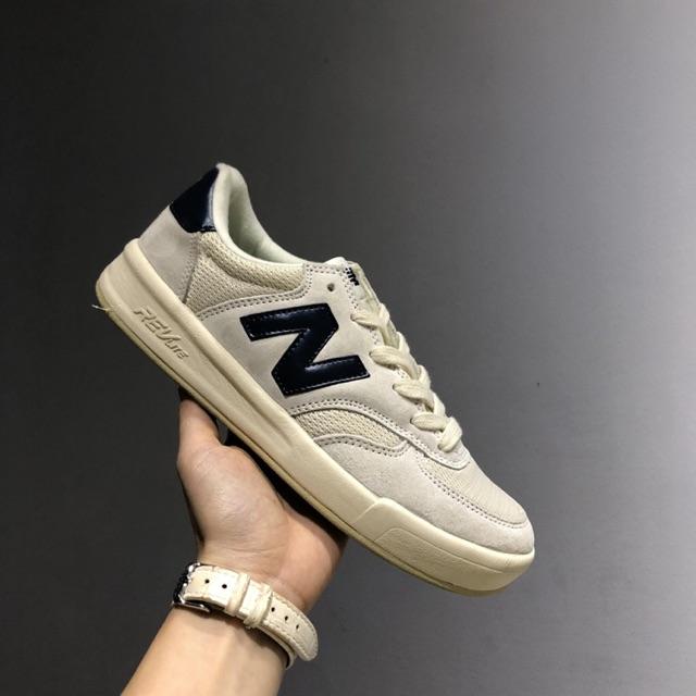 Ảnh chi tiết giày sneaker Nb Crt300