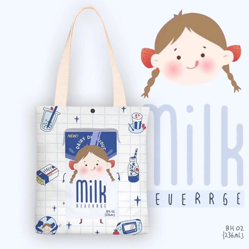 Túi Tote vải Canvas Hình Cô Bé Sữa Milk đáng yêu trên nền vải trắng.