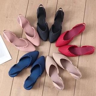 giày nhựa cho mẹ Hồng , đen 38 , đỏ 40 thumbnail