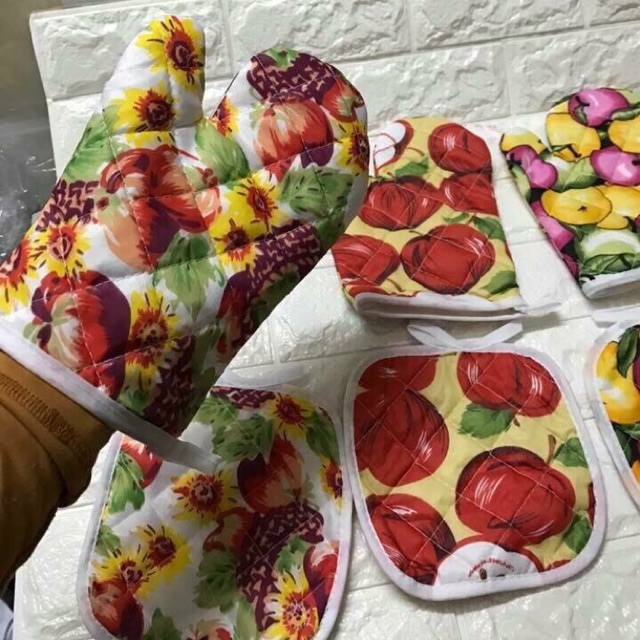 Bộ găng tay lót bếp