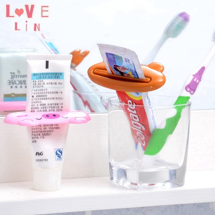Dụng Cụ Lấy Kem Đánh Răng Họa Tiết Hoạt Hình Tiện Dụng