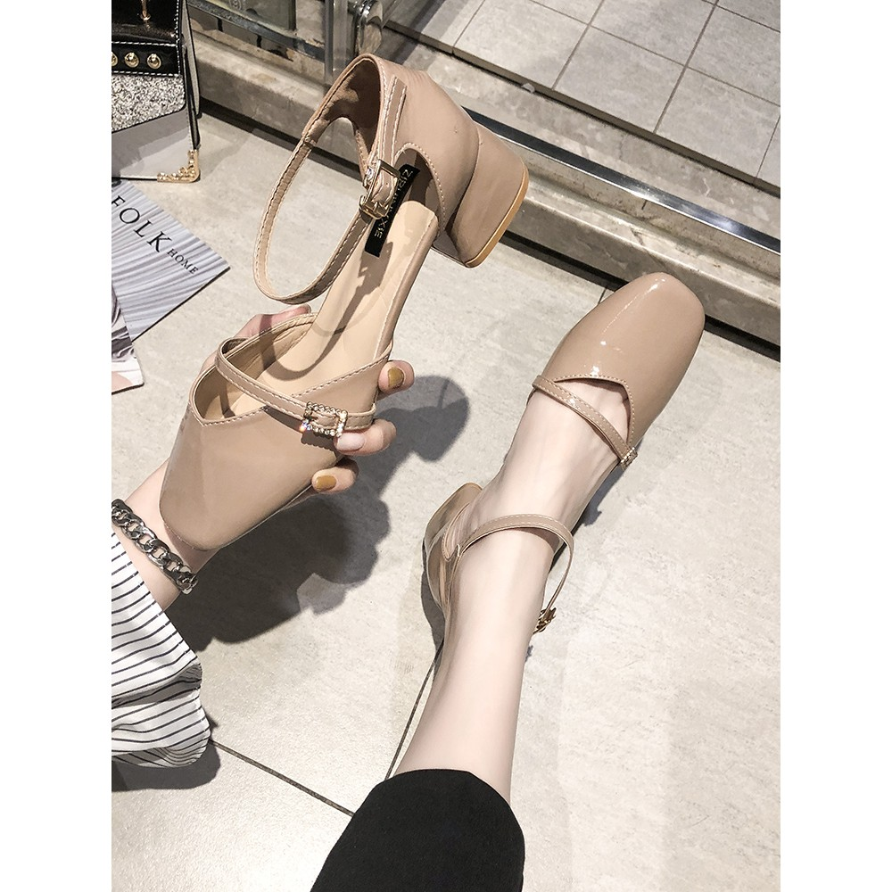 Net red sandals female fairy wind 2019 summer new wild thick