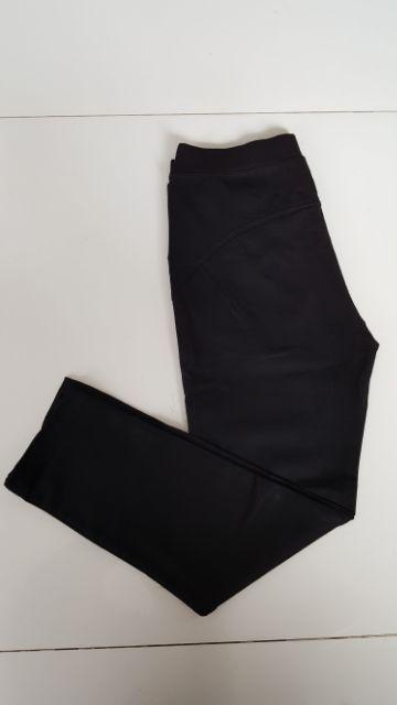 Quần legging nâng mông không ưng giảm tiền