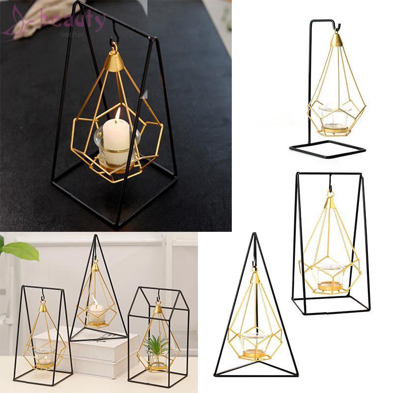 Đèn nến kiểu dáng cổ điển dùng để trang trí nội thất