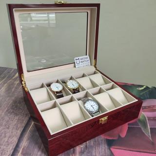 Hộp đựng đồng hồ 10 ngăn bằng gỗ thumbnail