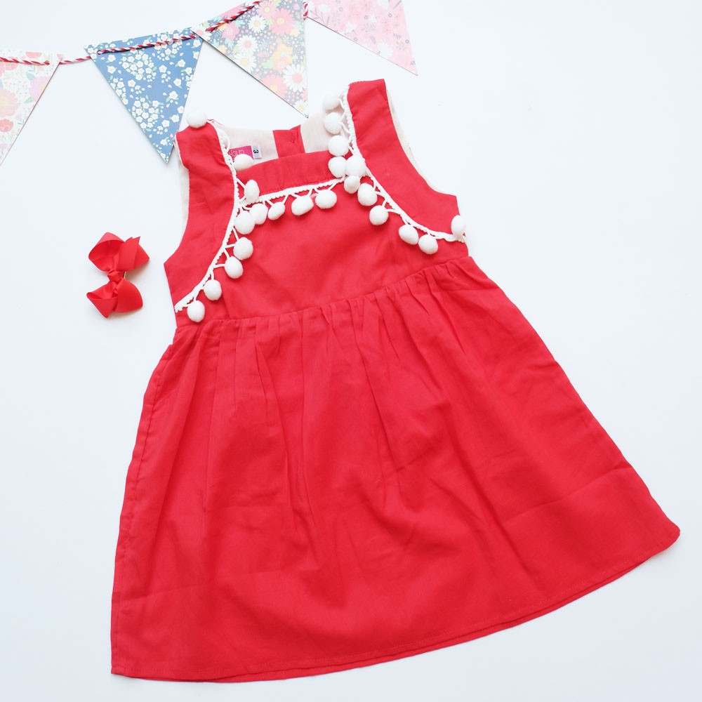 Đầm đỏ bé gái pompom trắng - 3395405 , 1235762468 , 322_1235762468 , 79000 , Dam-do-be-gai-pompom-trang-322_1235762468 , shopee.vn , Đầm đỏ bé gái pompom trắng