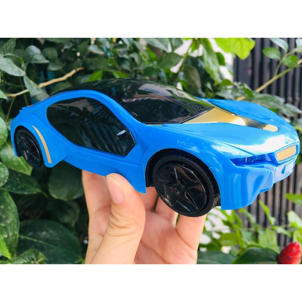 Đồ chơi ô tô phát sang tự động-đồ chơi thông minh 19*7,8cm