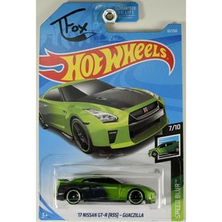 Xe mô hình Hot Wheels '17 Nissan GT-R (R35) FYD40