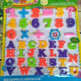 Đồ chơi bảng chữ số toán học
