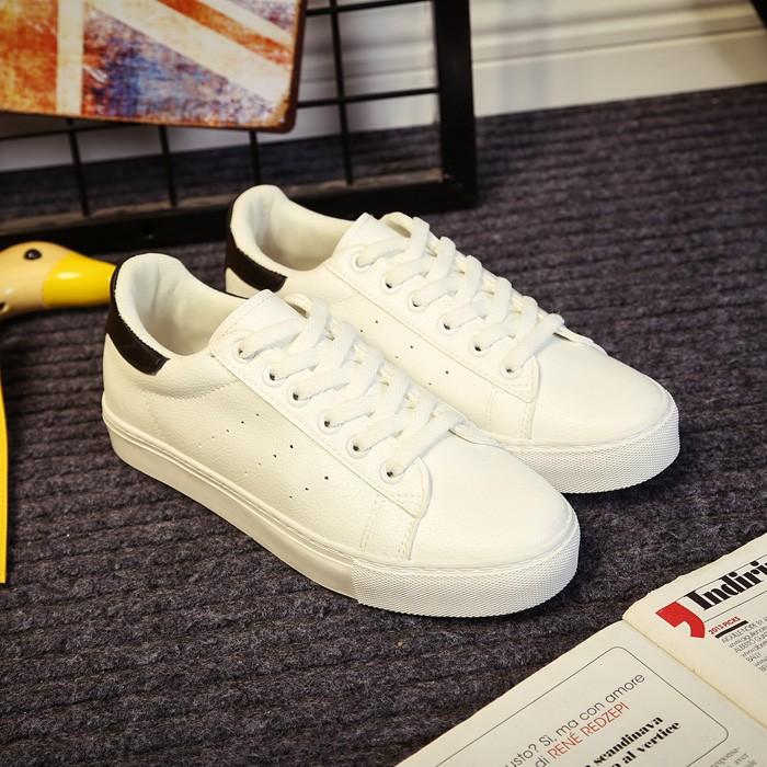 Giày sneaker nữ thể thao màu trắng TYMTYM -5064GG