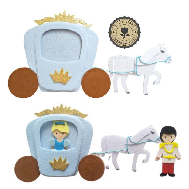 Cỗ xe ngựa – Bộ lâu đài 12 Công chú Disney (Hình thật)