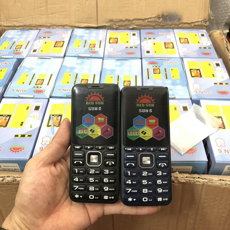 Điện thoại 4 sim Red Sun 6 pin khủng sim nắp gập giá rẻ