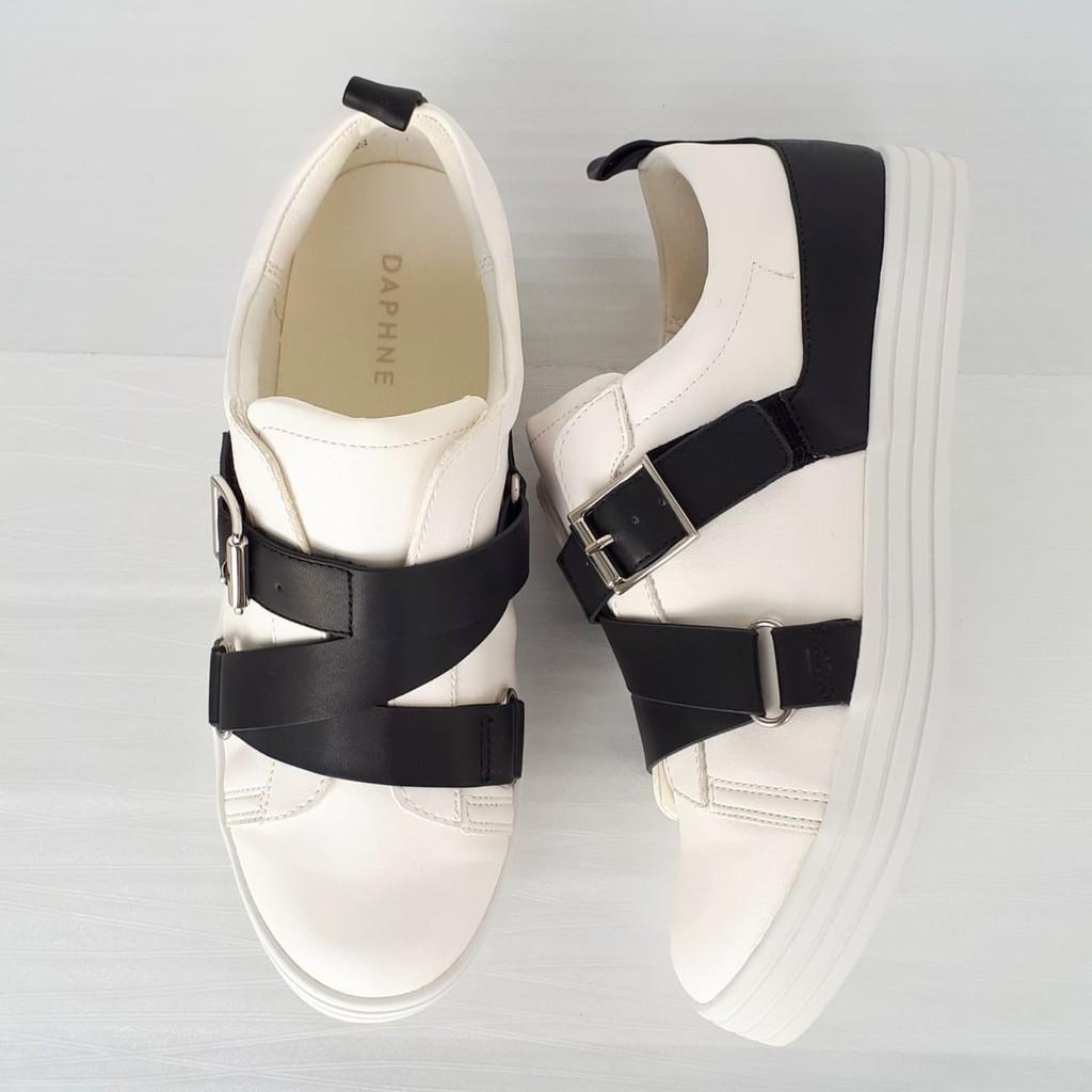 Giày lười Daphne họa tiết quai cài, gót 2cm (có sẵn)