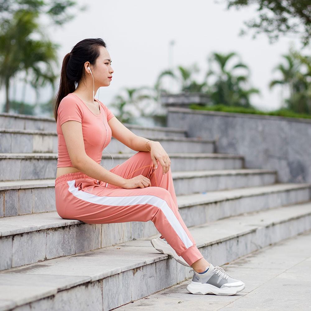 Set đồ tập Zumba, yoga, aerobics (Quần Jogger - Croptop cộc tay có mút ngực)
