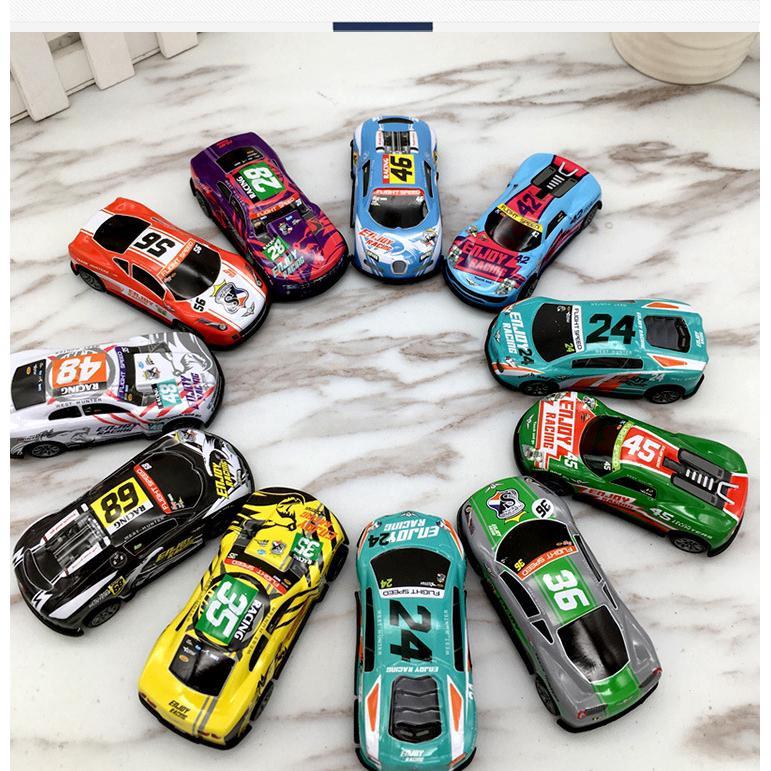 5PCS Trẻ em Xe Đồ chơi Vỏ sắt Hợp kim Xe Mini Mô hình Xe hơi