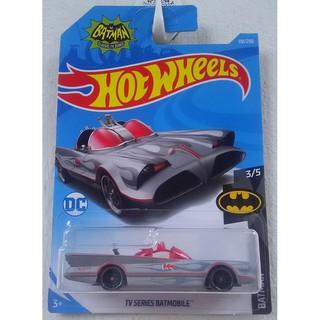 Xe mô hình Hot Wheels Classic TV Series Batmobile FYB90