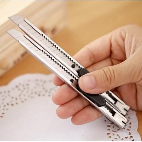Dao rọc giấy, cắt giấy văn phòng kim loại - Dụng Cụ Cắt Giấy Văn Phòng Clovers