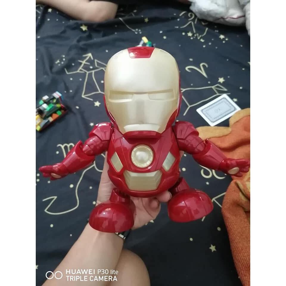 Đồ chơi cho bé mô hình Iron Man nhảy múa theo điệu nhạc có đèn