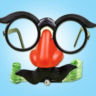 Mắt kính chú hề đeo mũi có râu vui nhộn