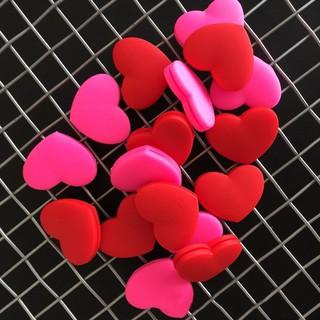 Dụng cụ giảm chấn cho vợt tennis hình trái tim thumbnail