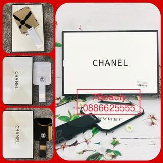 Yêu ThíchGương Chanel Cầm Tay Không Viền 2 Màu (Đen Trắng)