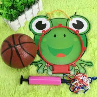 Set bóng rổ hình ếch