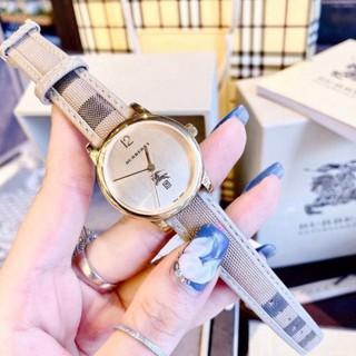 (Thẻ bảo hành 12 tháng) (burberry nữ) Đồng hồ nữ Burberry dây da cao cáp, kẻ caro tính tế, thẻ bảo hành 12 tháng - dong