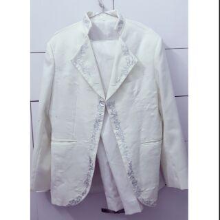Thanh lý nguyên bộ vest nam có size lon XL- XXL. Size tren hinh