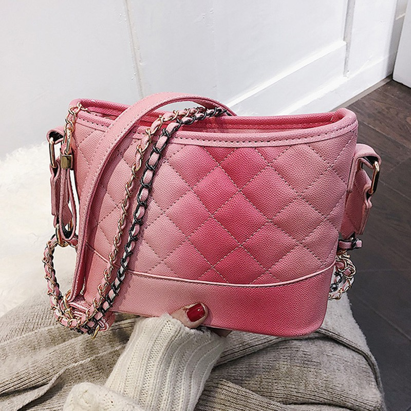 2019 new wandering bag female rhombic chain bag fashion stra