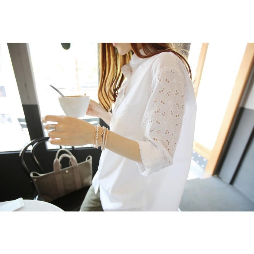 Áo sơ mi trắng cổ đức, túi ngực, kết hợp ren tay - ASMN19.0029W | WebRaoVat