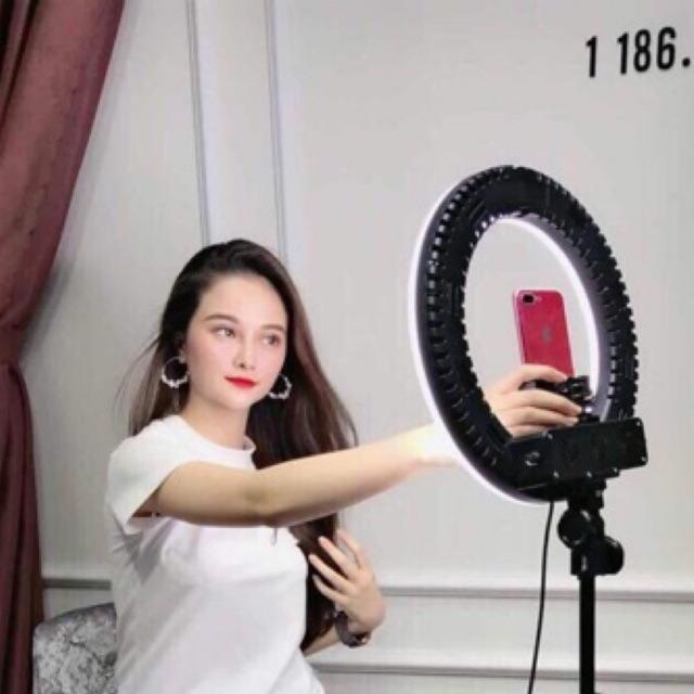 Đèn live tream size 35cm đèn make up chụp ảnh phun săm bán hàng