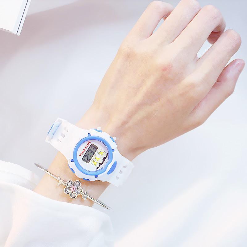 Đồng hồ trẻ em điện tử thời trang siêu đẹp DH81 giá rẻ