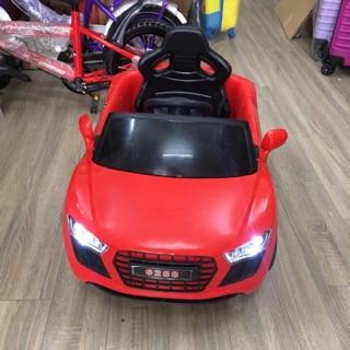 Ô tô điện cho bé 1-5 tuổi ( bé tự lái hoặc bố mẹ điều khiển)