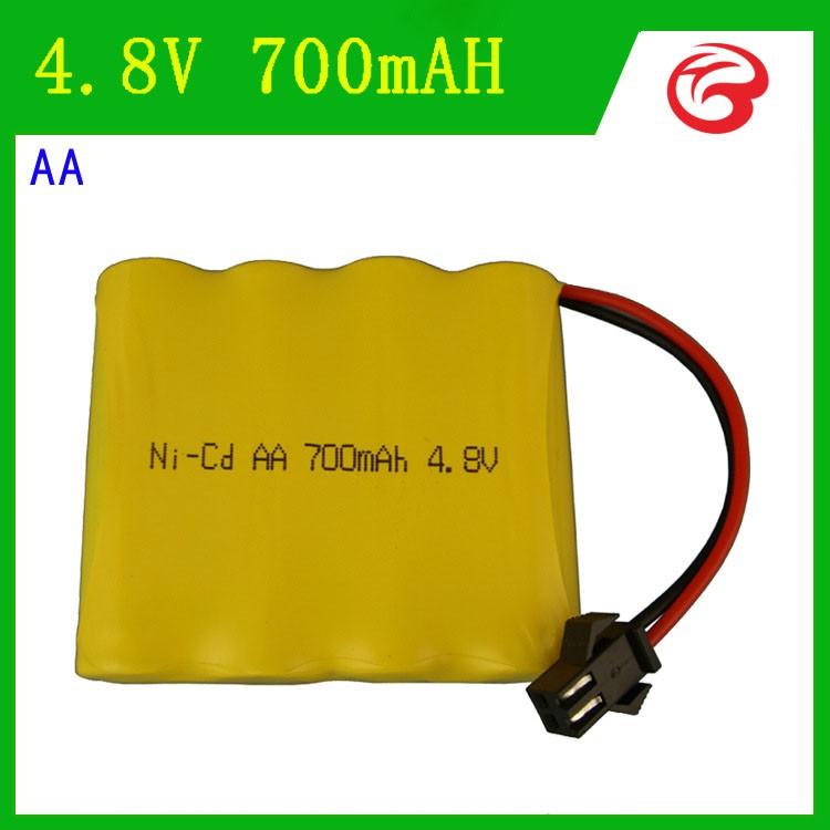 Pin 4.8v dung lượng 700mAh dùng cho xe điều khiển cổng nối SM