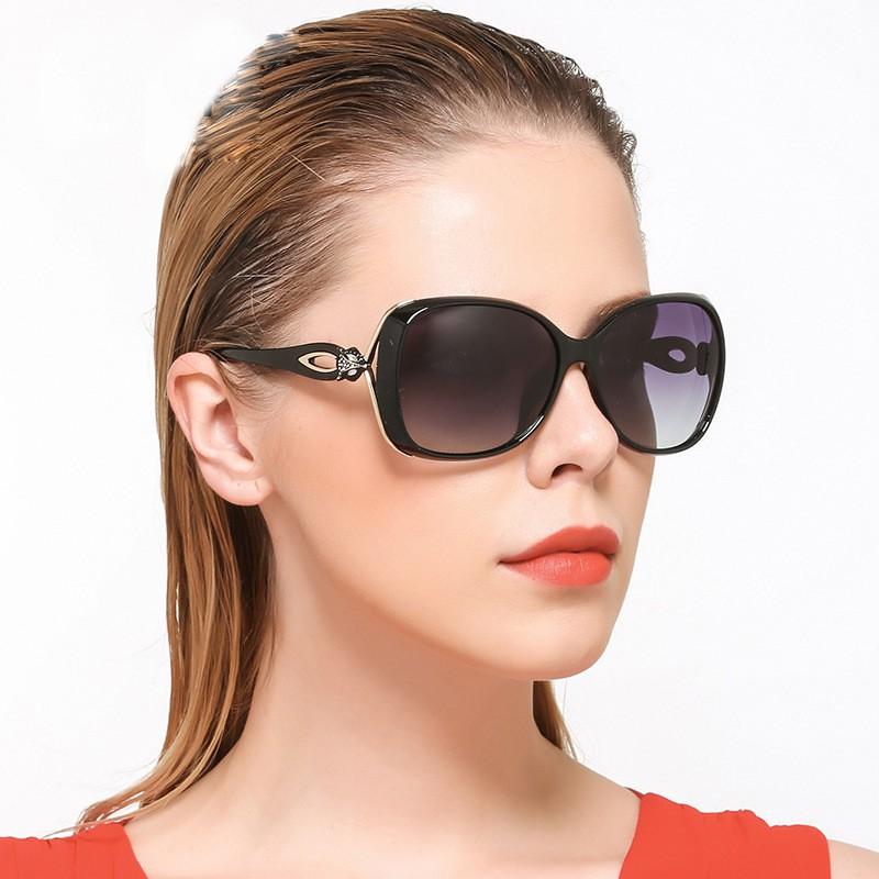 Kính mát nữ gọng hồ ly tròng chống UV 6034 - ROBEO