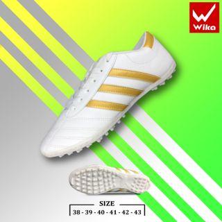 Giầy bóng đá phủi 3 sọc CT3 chính hãng đế thấp TF màu trắng sọc vàng ( giầy đá banh sân cỏ nhân tạo WIKA ba sọc )