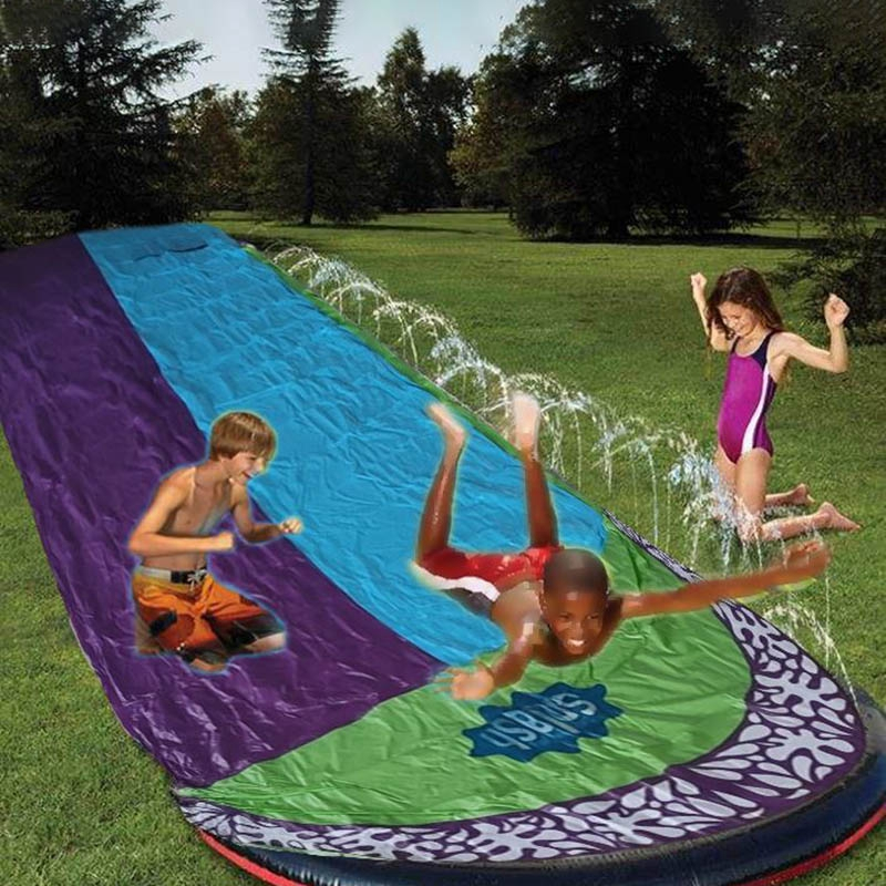 Cầu trượt phun nước hai đường trượt bằng PVC dành cho trẻ em trong các trò chơi chơi ngoài trời dịp hè