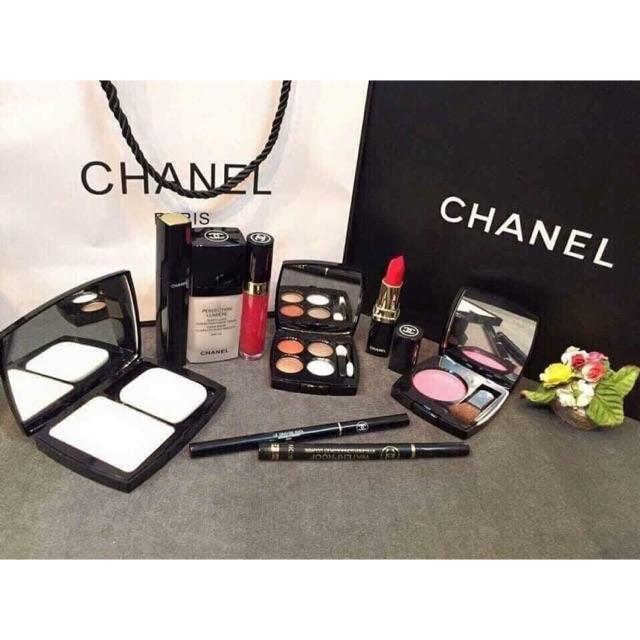 Set trang điểm Chanel