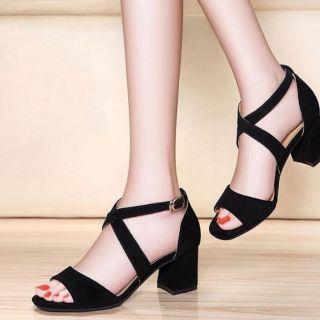 Giày sandan siêu xinh và miếng lót giày chống đau. Hình thật+ video