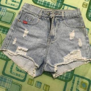 Quần jean màu xanh bạc size 26( đọc mô tả)