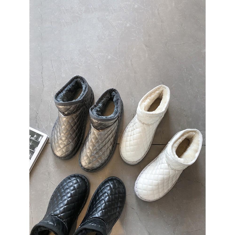 【จัดส่งฟรี】เท้าผ้าฝ้ายเวอร์ชั่นเกาหลีของป่าด้านล่างแบนบวกรองเท้ากำมะหยี่ antiskid