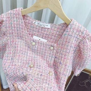 Áo dạ khuy hồng cổ vuông pha kim tuyến