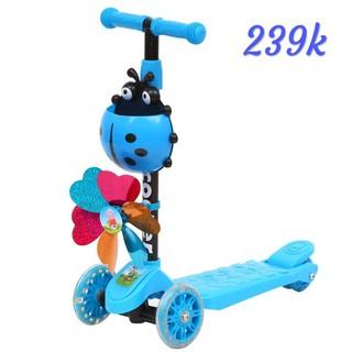 Xe trượt scooter có thêm giỏ để đồ