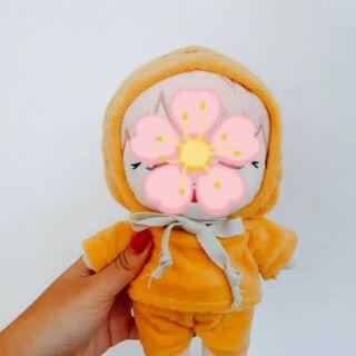 Outfit doll 20cm – Bộ ngủ vàng