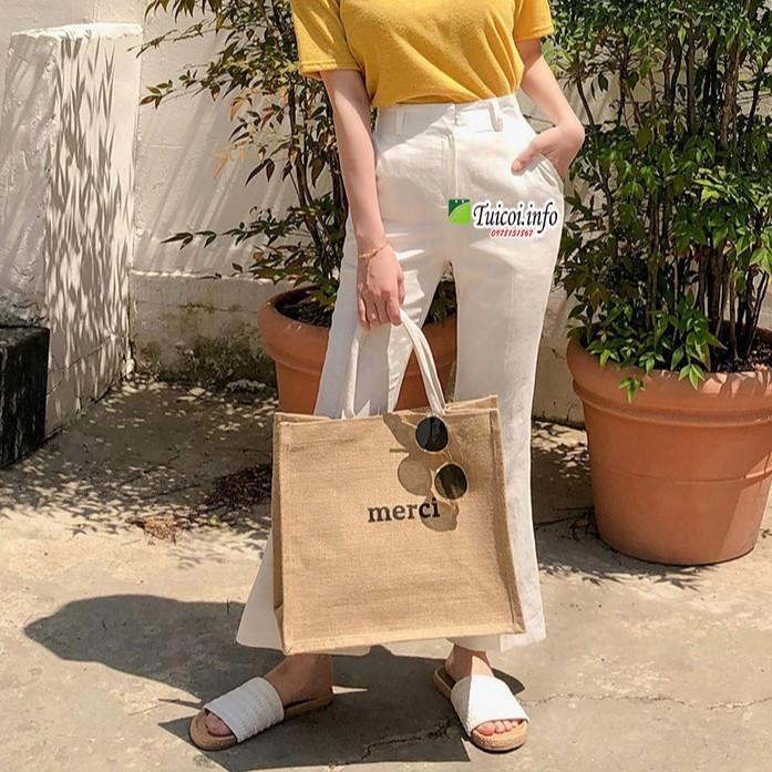 Túi cói merci loại 1 màu sáng, có đệm đáy giữ form túi, có lót