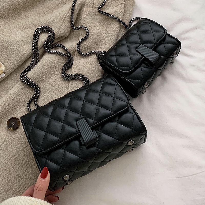 Túi xách đeo chéo da nữ trần trám khóa dài-T1135