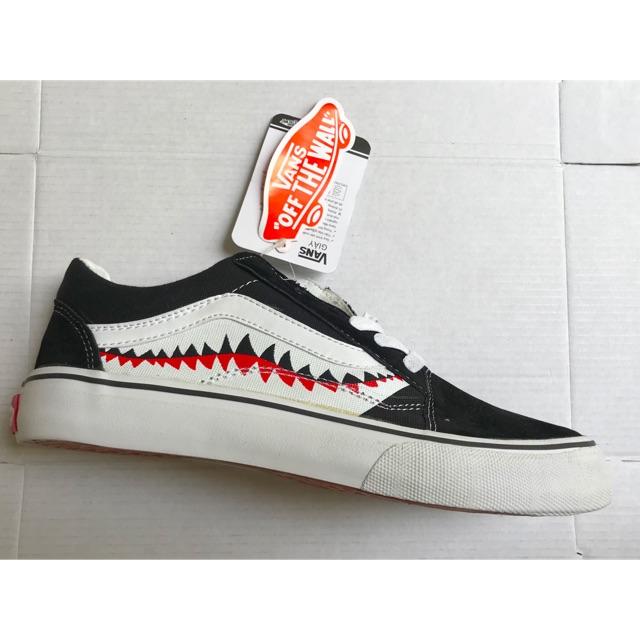 (Ảnh thật+fullbox) Giầy van cá mập đen chất đẹp giá rẻ