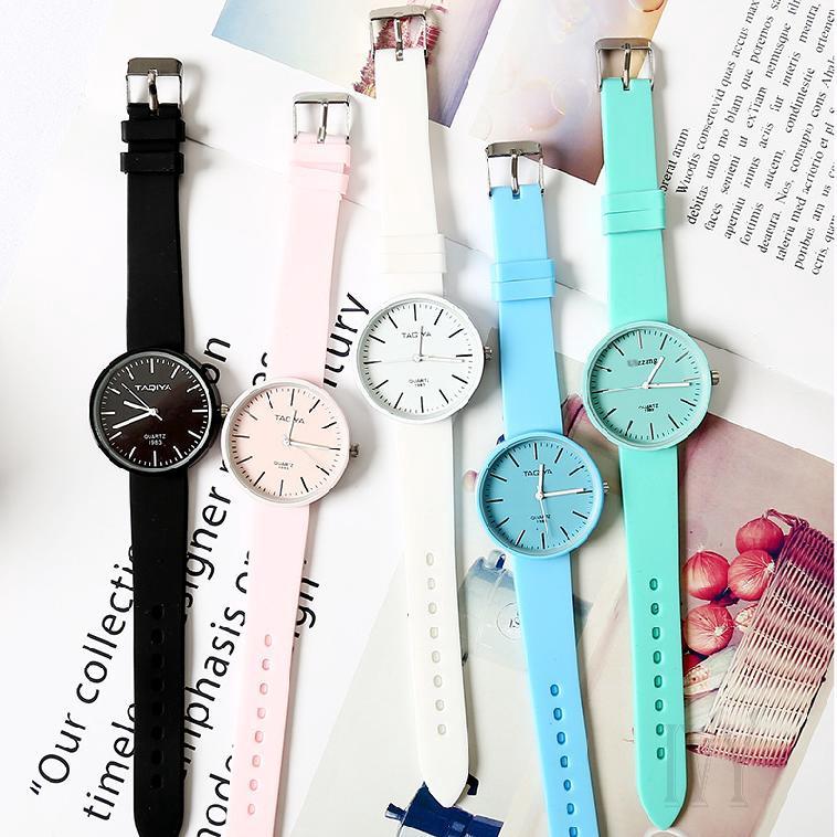 ฮาราจูกุสตรีนาฬิกาเกาหลีแฟชั่นที่เรียบง่ายสบาย ๆ วุ้นผู้หญิงนาฬิกา 11