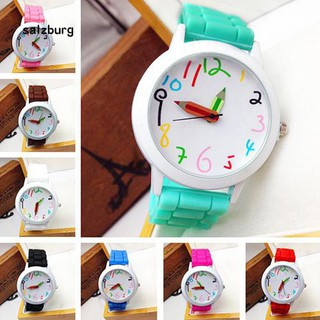 Đồng hồ đeo tay kiểu dáng thời trang phong cách cho nam nữ thumbnail
